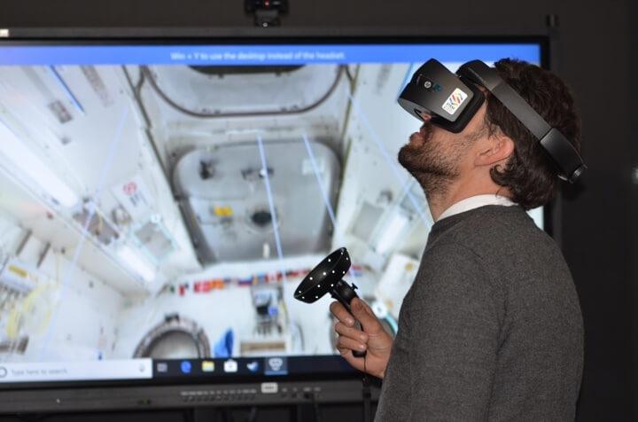 visori realtà virtuale con headapp